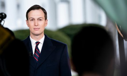 Kushner Puts Himself in the Middle of the White House's Chaotic Coronavirus Response
