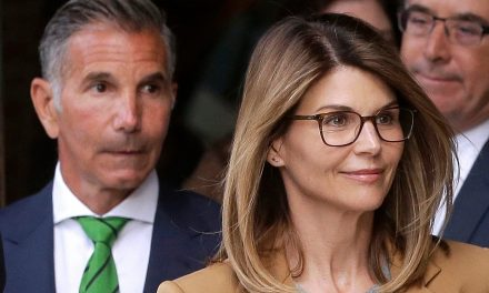 Lori Loughlin, Mossimo Giannulli lose bid to toss charges in college admissions case