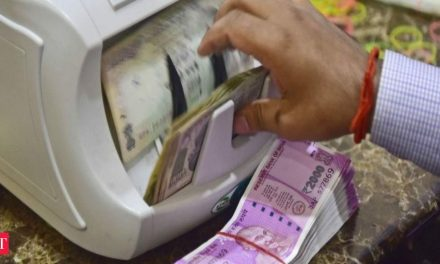 Deposits rise over Rs 2.8 lakh crore in six weeks of lockdown