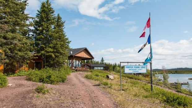 Lutsel K'e Dene say N.W.T. govt could destroy long-sought lodge business