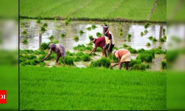 Congress questions govt's intent of helping farmers, wants MSP to be 'legally-binding'